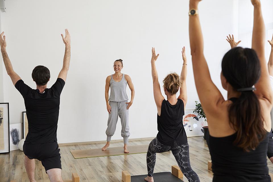 Vinyasa Yoga mit Kristina im Studio 1 in Pforzheim