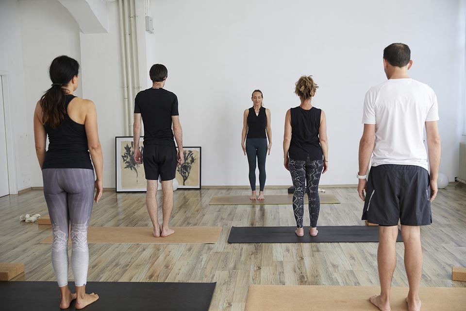 Angela Sauer beim Yoga + Atem Kurs im Studio 1 in Pforzheim